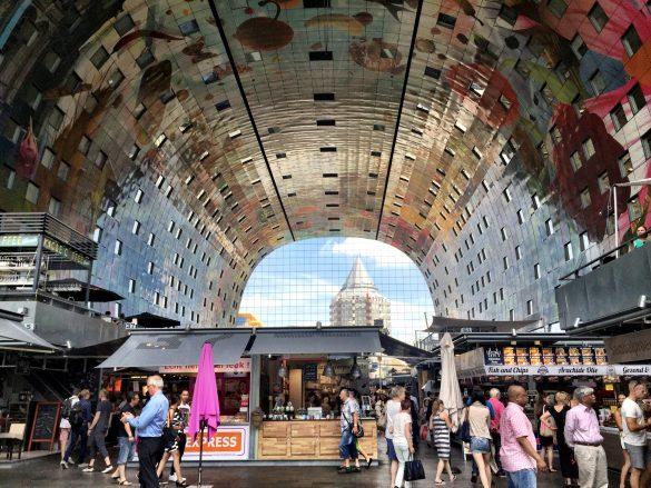 Innenansicht der Markthalle in Rotterdam
