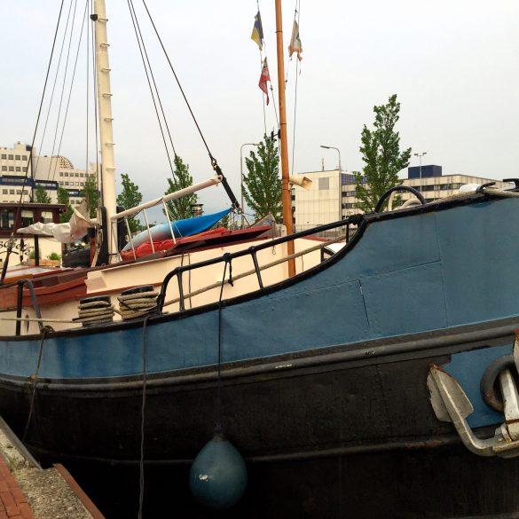 Unterkunft im Hausboot in Leeuwarden in Holland