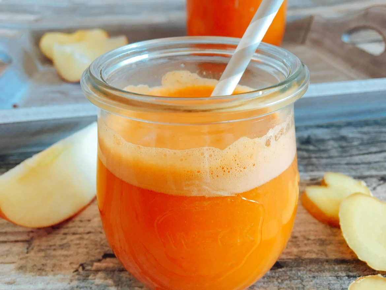 Möhren-Apfel-Saft mit INgwer