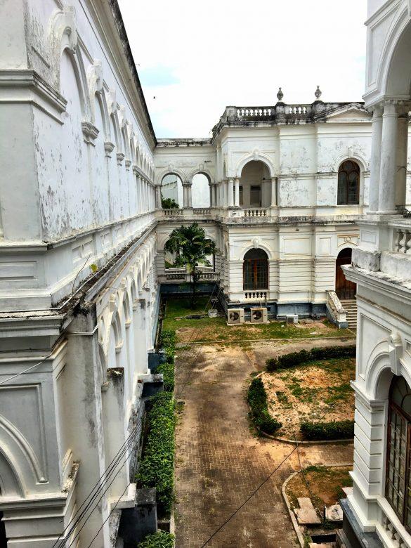 Hinterhof des nationalgeschichtlichen Museums in Colombo