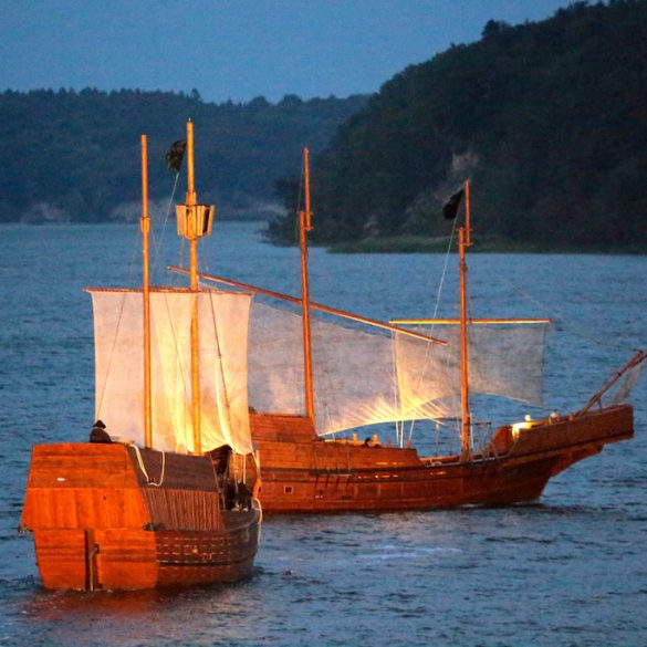 Schiffe bei den Störtebeker Festspiele auf Rügen