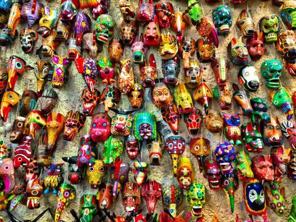 Guatemaltekische Masken Im Art Market