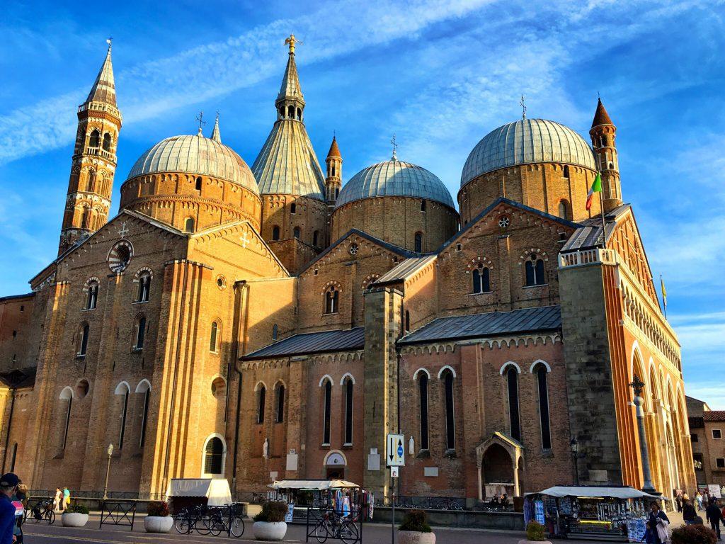 Basilika des Heiligen Antonios