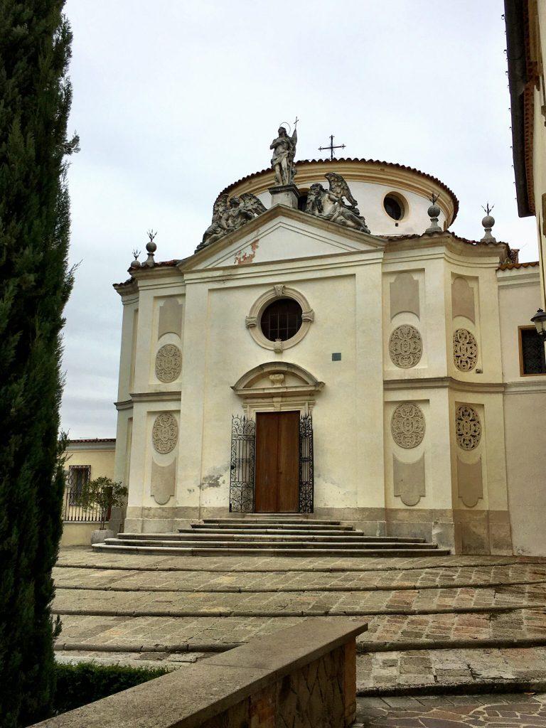Kirche im Koster San Daniele