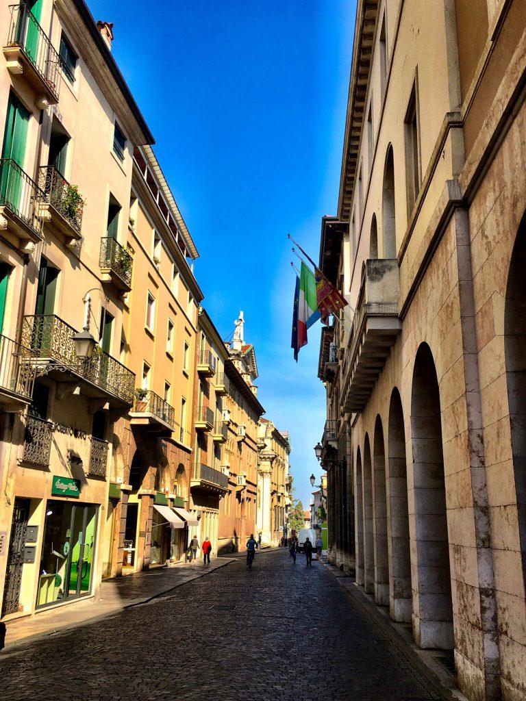 Einkaufsstraße Corso Palladio