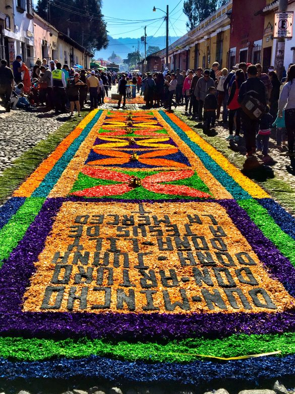 Geschmückte Straßen in Antigua