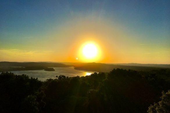 Sonnenuntergang in Yaxha